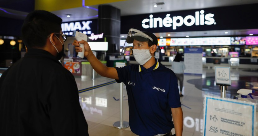 cines de mexico - Las acciones de Picturehouse y Cineworld caen hasta 58% con el anuncio de cierre temporal de salas