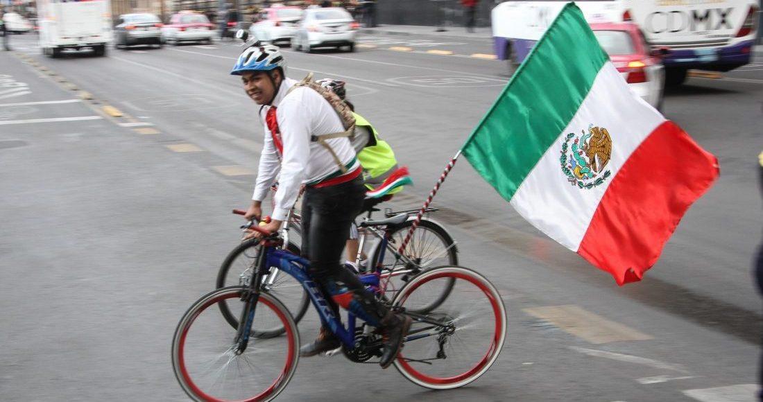 bicicleta-cdmx-bandera