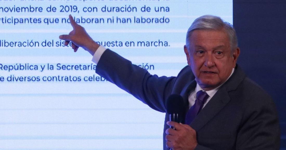 amlo-señala-texto-conferencia-27-octubre-2020