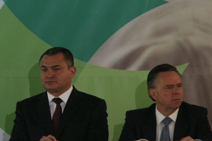 Genaro García Luna y Eduardo Medina Mora en 2008.