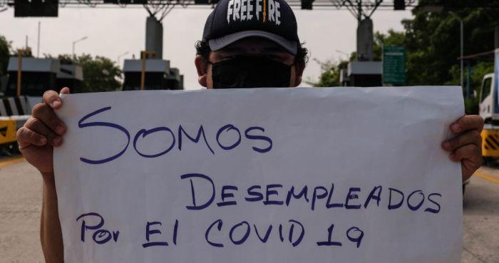 desempleados-covid-19-protesta-letrero