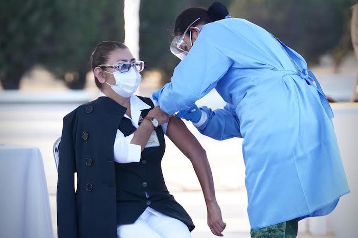 """María del Rosario Lora López, enfermera del hospital """"El Marqués"""", perteneciente al Instituto Mexicano del Seguro Social (IMSS)."""