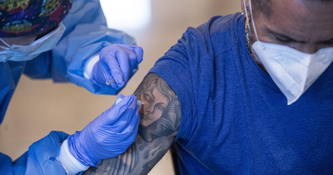 Foto vacuna COVID-19