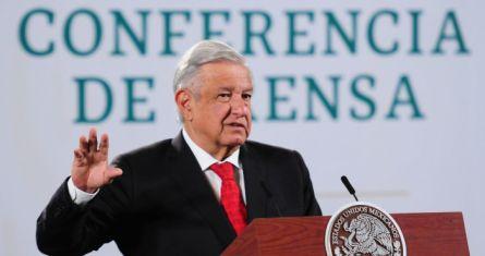 El Presidente Andrés Manuel López Obrador en su conferencia de prensa matutina del 8 de abril de 2021.