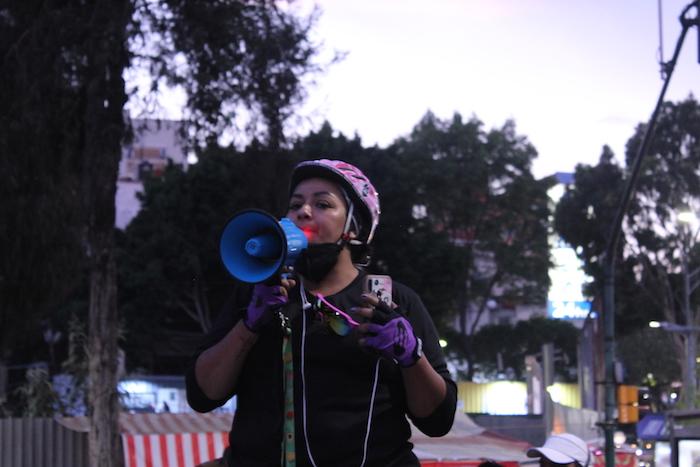 Reportaje Repartidores 08_Evelyn Sánchez, durante la protesta #ViernesDeFuria_Crédito Erick Baena Crespo