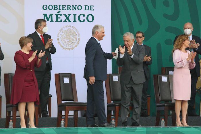 Miguel Díaz-Canel, Presidente de Cuba, fue invitado a participar en el Desfile Militar 2021.
