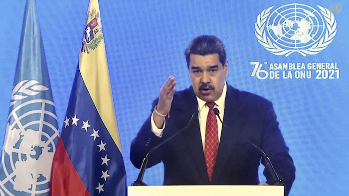 En esta imagen tomada de video ofrecido por UN Web TV, el Presidente de Venezuela Nicolás Maduro habla ante la Asamblea General de Naciones Unidas el miércoles 22 de septiembre del 2021. Foto: UN Web TV vía AP