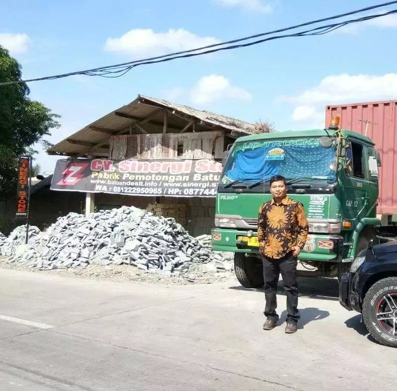 produsen batu alam andesit Cirebon, CV Sinergi Stone