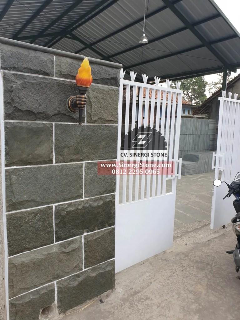harga batu andesit rata alam untuk dinding pagar