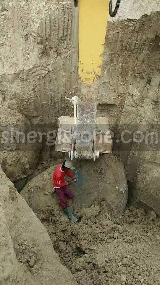 industri tambang batu andesit
