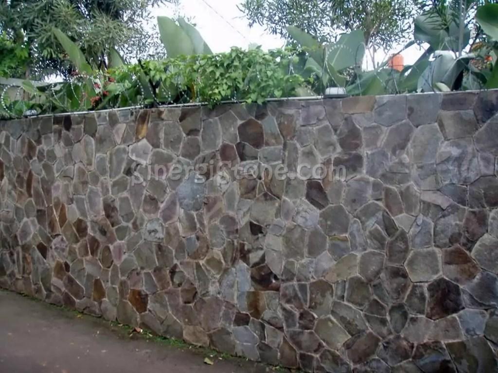 pagar batu alam templek