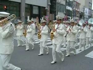 警察のブラスバンド隊