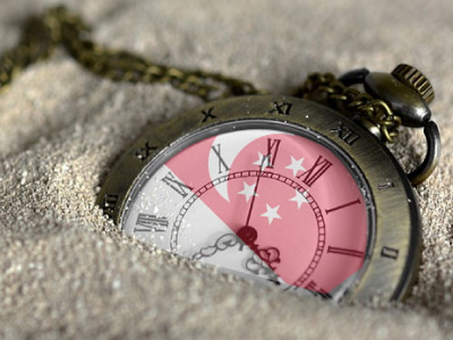 6 times the time zone has changed for Singapore since 1995