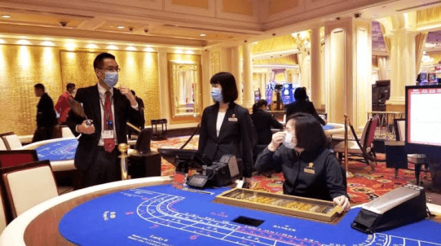 You need to wear face masks at Macau casino as protection against latest coronavirus