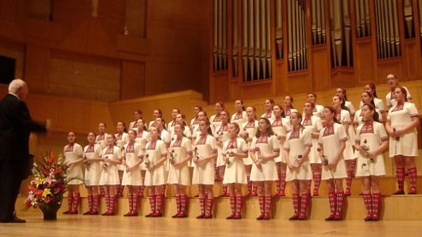 Bulgarian National Radio Children's Choir at Singers.com ...