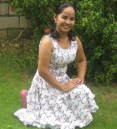 Filipino Girls - Mary Ann (Small)