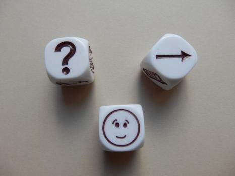 dice with question mark, face, arrow