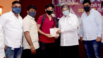 Photo of कोथरूड भाजपा युवा मोर्चाच्या वतीने आयोजित रक्तदान शिबिरात १२८ जणांचे रक्तदान..