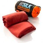 Saco de dormir de seda ¿Qué llevar en la mochila para un viaje?
