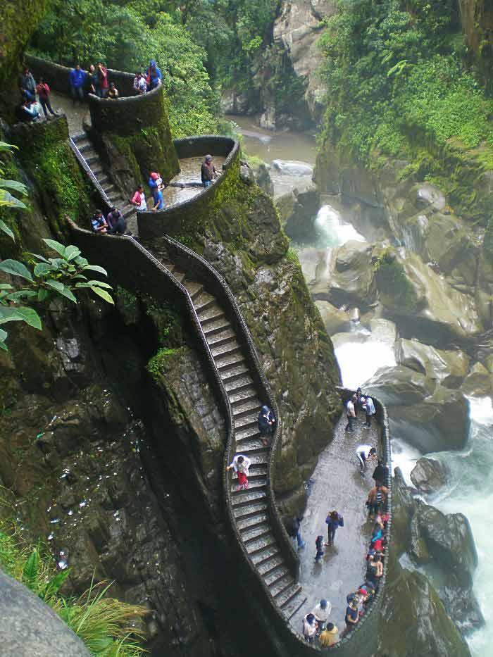 Mirador del Pailón del Diablo, Baños de Agua Santa, Ecuador
