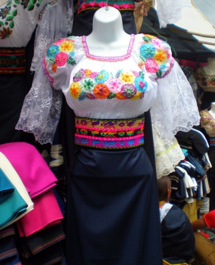 trajes tipicos mujeres Otalavo 2