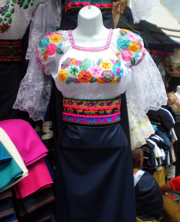 trajes tipicos mujeres Otalavo 2