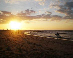 Atardecer en Máncora qué ver y qué hacer en Perú