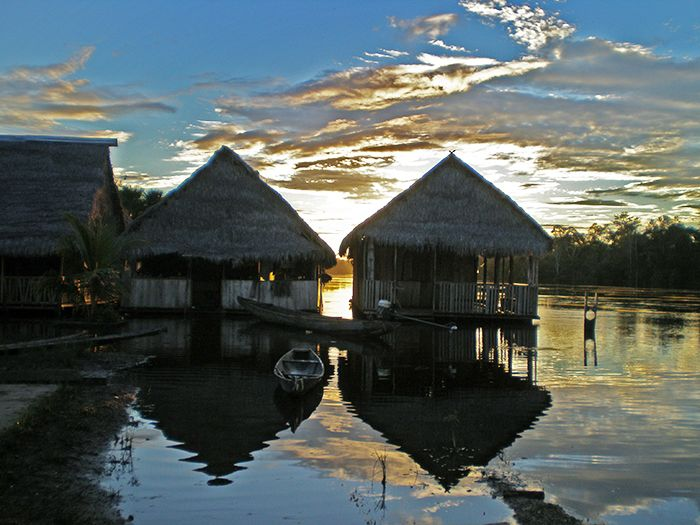 Comunidad 20 de enero en la Amazonía Peruana qué ver y qué hacer en Perú