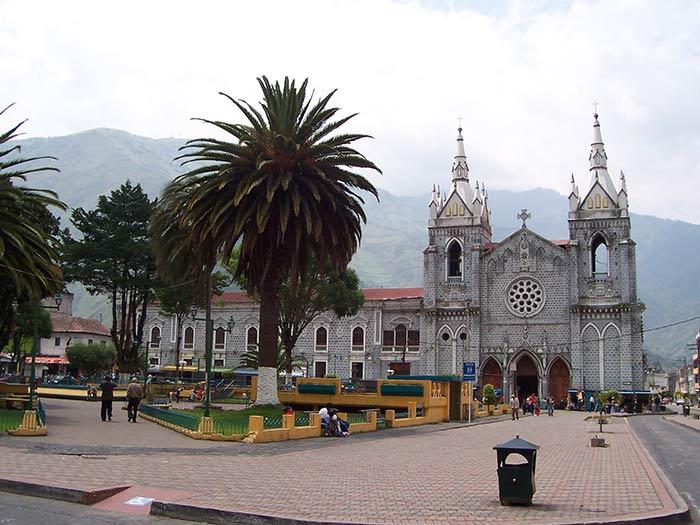 Plaza de Baños de Agua Santa, Ecuador