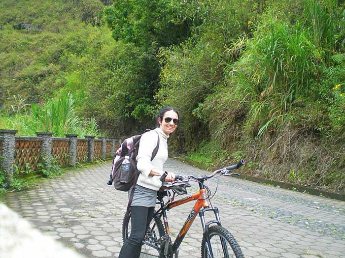 Ruta de las cascadas en bicicleta. Baños de Agua Santa, Ecuador