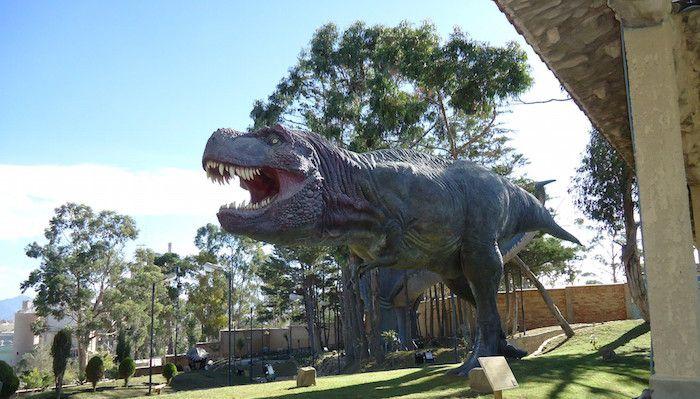 Dinosaurio qué ver y qué hacer en Sucre Bolivia