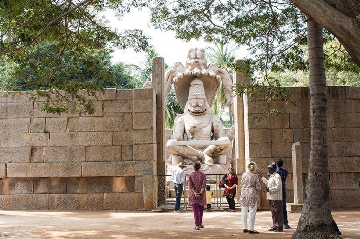 HAMPI-ruinas-escultura