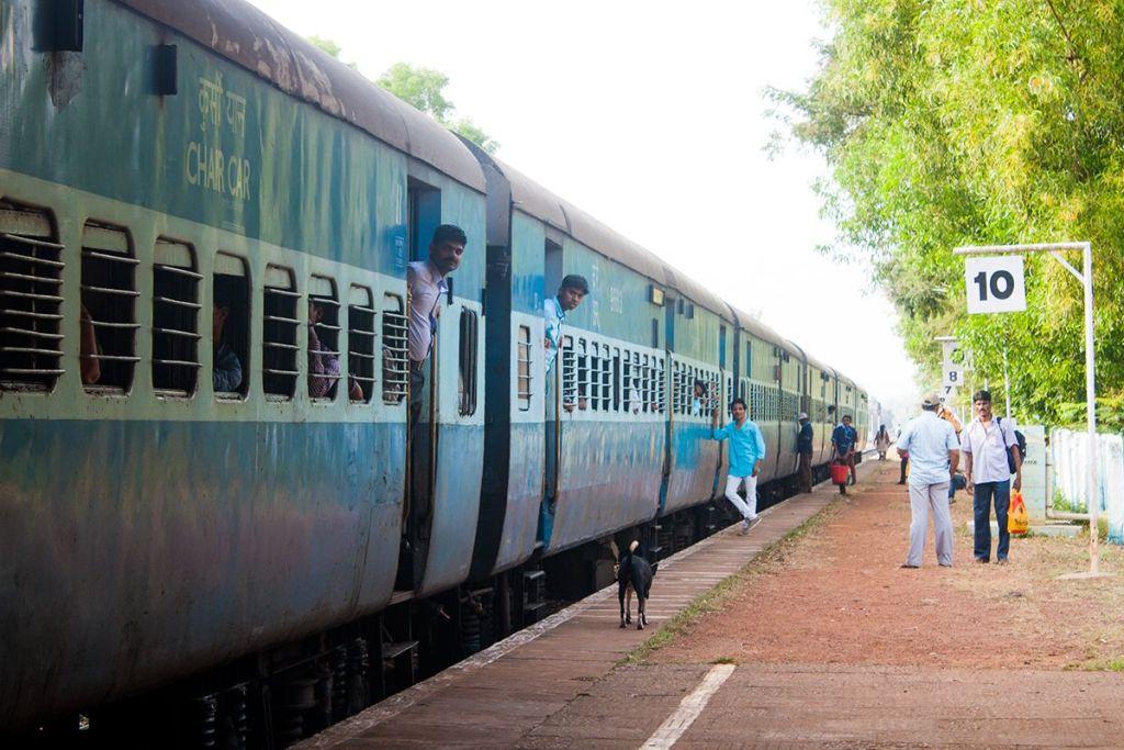 en tren por india