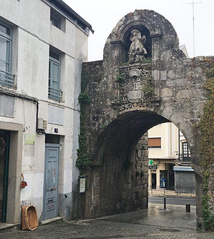 Una de las muchas puertas de la muralla de Lugo