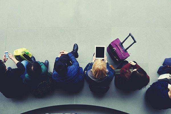 Zona de espera de un aeropuerto