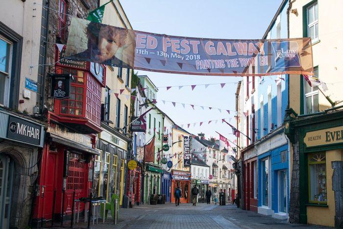 Qué ver en Galway - callecitas coloridas del centro
