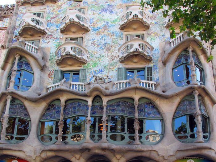 Casa Batlló es otro imprescindible que ver en Barcelona