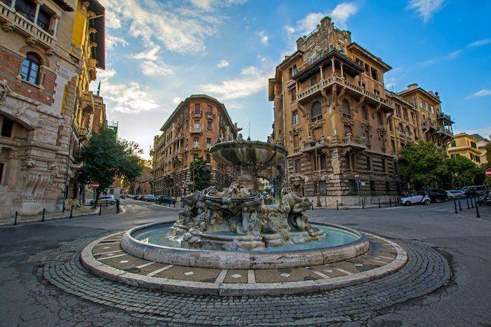 las plazas mas lindas de roma italia