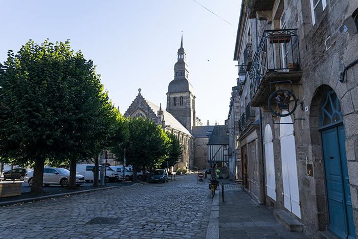 iglesias Dinan Bretaña Francia