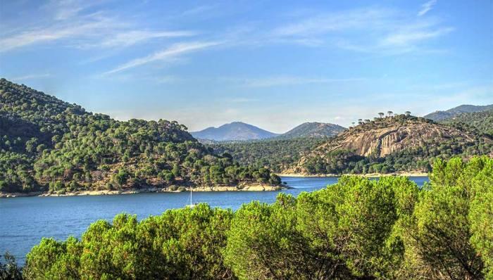 Pantano de San Juan, Piscinas naturales en Madrid