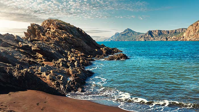 Costa rocosa de Portamn - las playas más bonitas en MURCIA - Costa Cálida