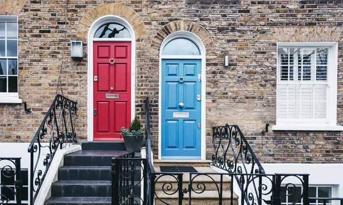 Puertas de colores en las casas de Londres