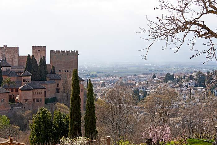 Vistas de La Alhambra y de Granada desde Generalife