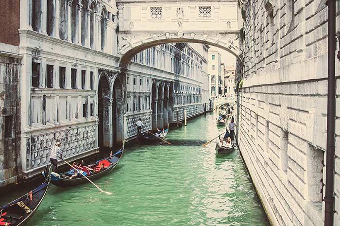 Canales y barcas
