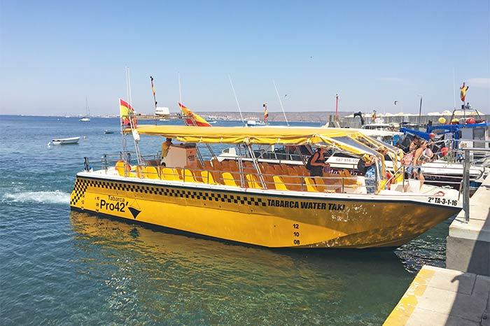 Water taxi en la Isla de Tabarca