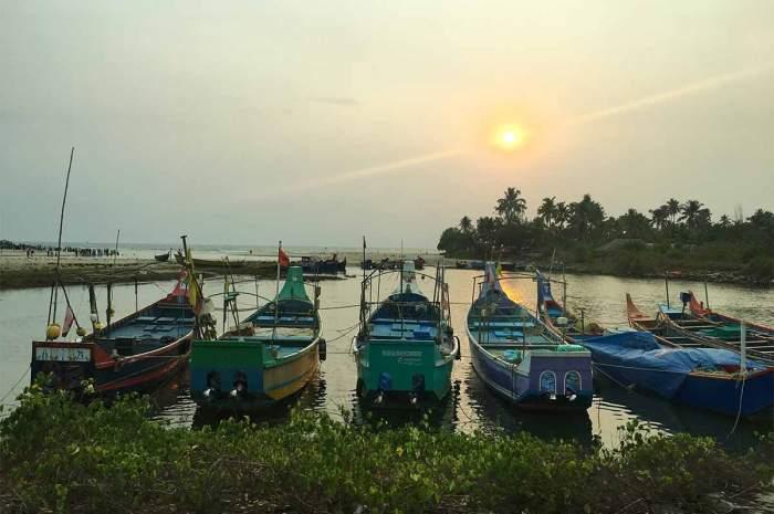 Barcos en Cochin, Fort Kochi, Kerala, India