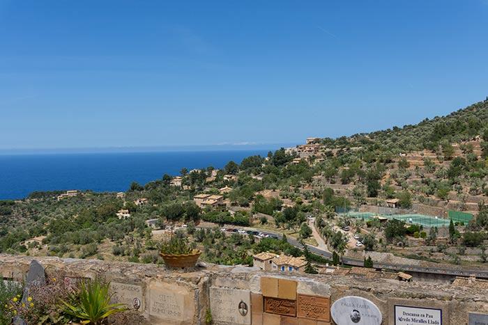 Vistas desde el cementerio de Deià