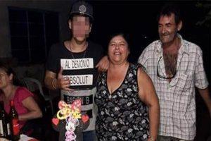 Detienen a un joven acusado de asesinar a puñaladas a sus padres adoptivos