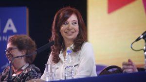 """Cristina denunció """"violencia"""" en la campaña y arremetió contra la reforma laboral de Macri"""