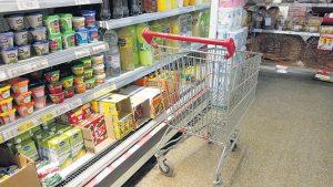 Restringen ventas en supermercados mayoristas